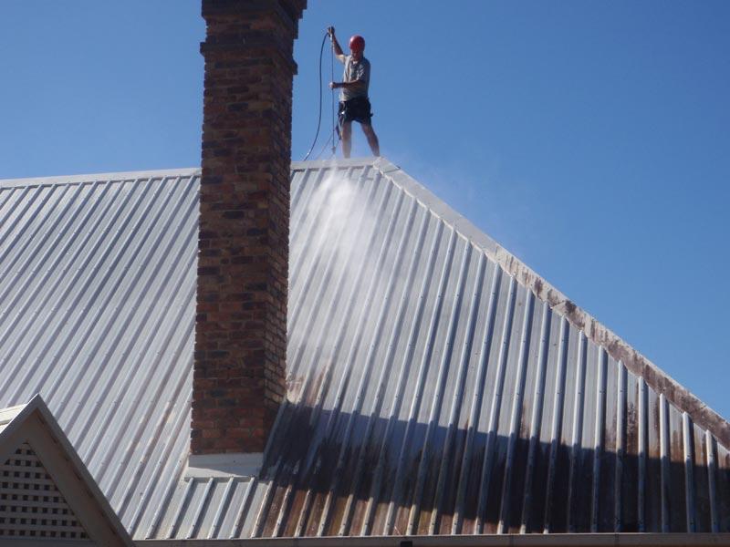 roofcleaning3.jpg