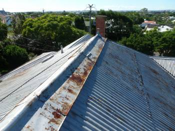 roof cleaning brisbane restoration